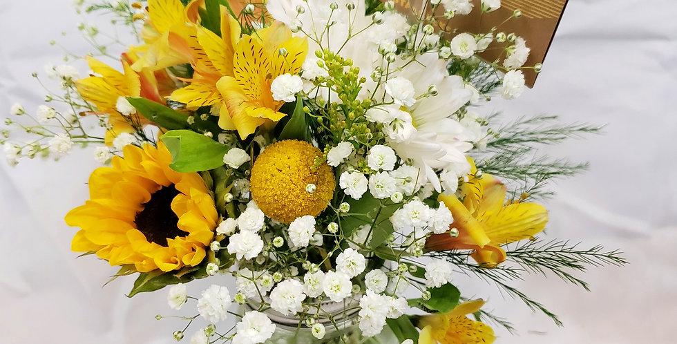Petite Lush Bouquet