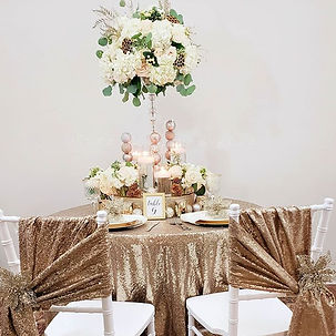 Light neutrals, Golden tones and candlel