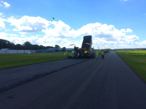 AVI 0033-20 Hook Field Runway, Middletow