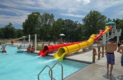 AQ 0093-33 Lincoln Park Family Aquatic C