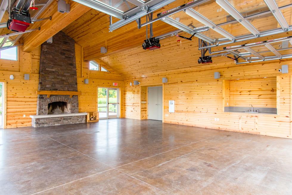 PRK 0159-04 Lake Erie Bluffs Lodge.jpg