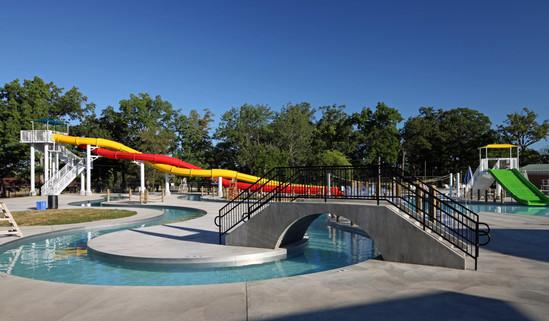 AQ 0093-06 Lincoln Park Family Aquatic C