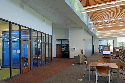 LIB 0035- 05 Boone Co. Library.JPG