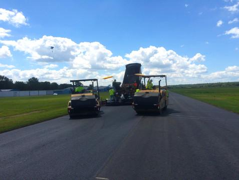 AVI 0033-23 Hook Field Runway, Middletow