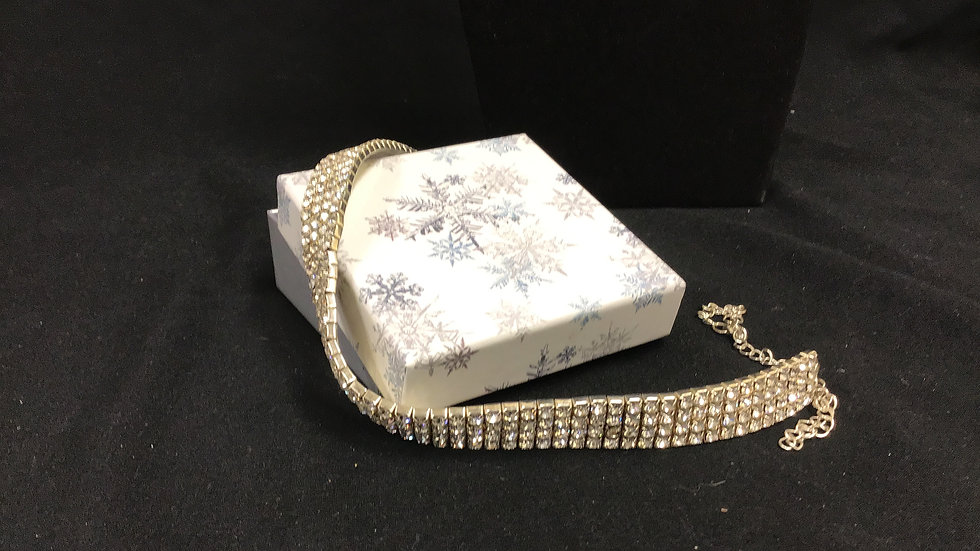 Faux diamond/silver necklace