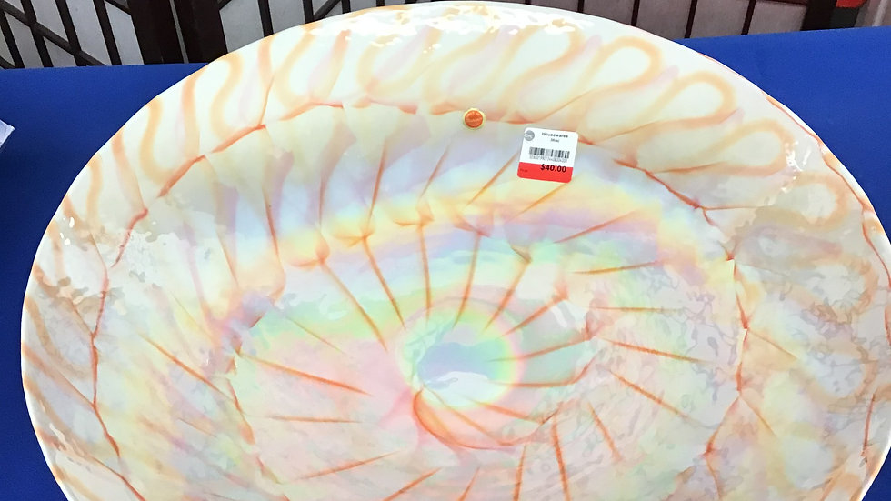 Stunning decorative bowl made in Italy W
