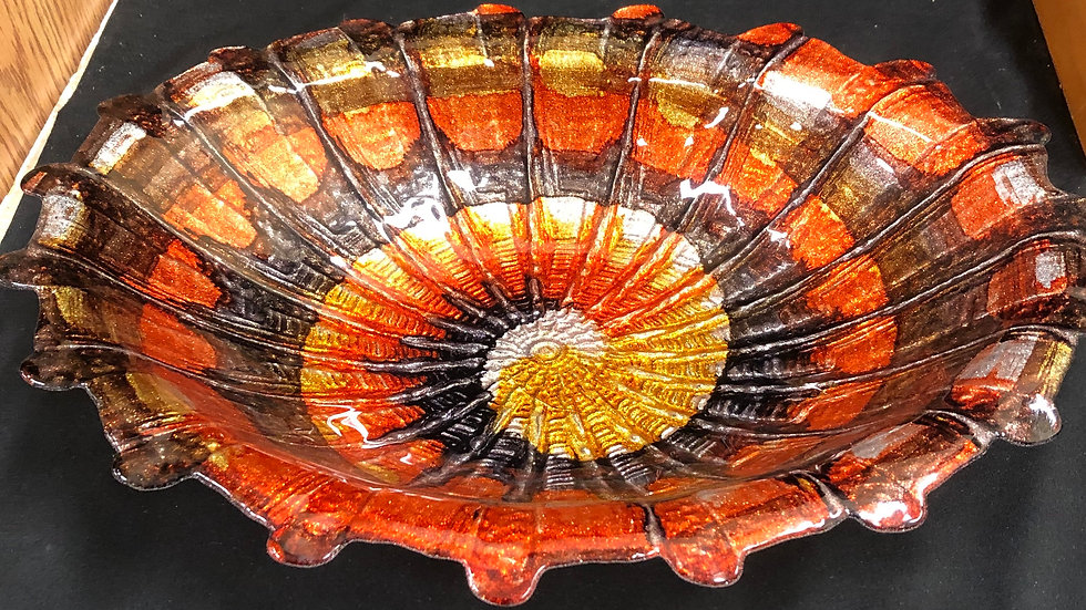 Decorative glass dish