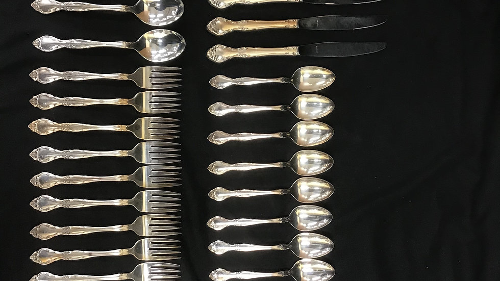 47 piece stainless steel dinnerware set