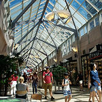 Interior_of_Shops_at_Prudential_Center,_