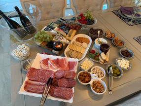 Impress Guests With A Charcuterie Board