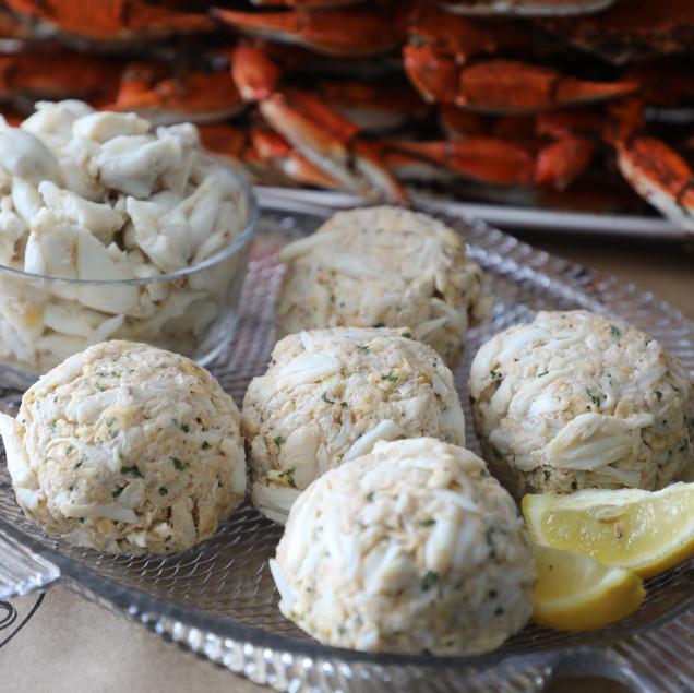 Crab Place Jumbo lump crab meat crab cakes