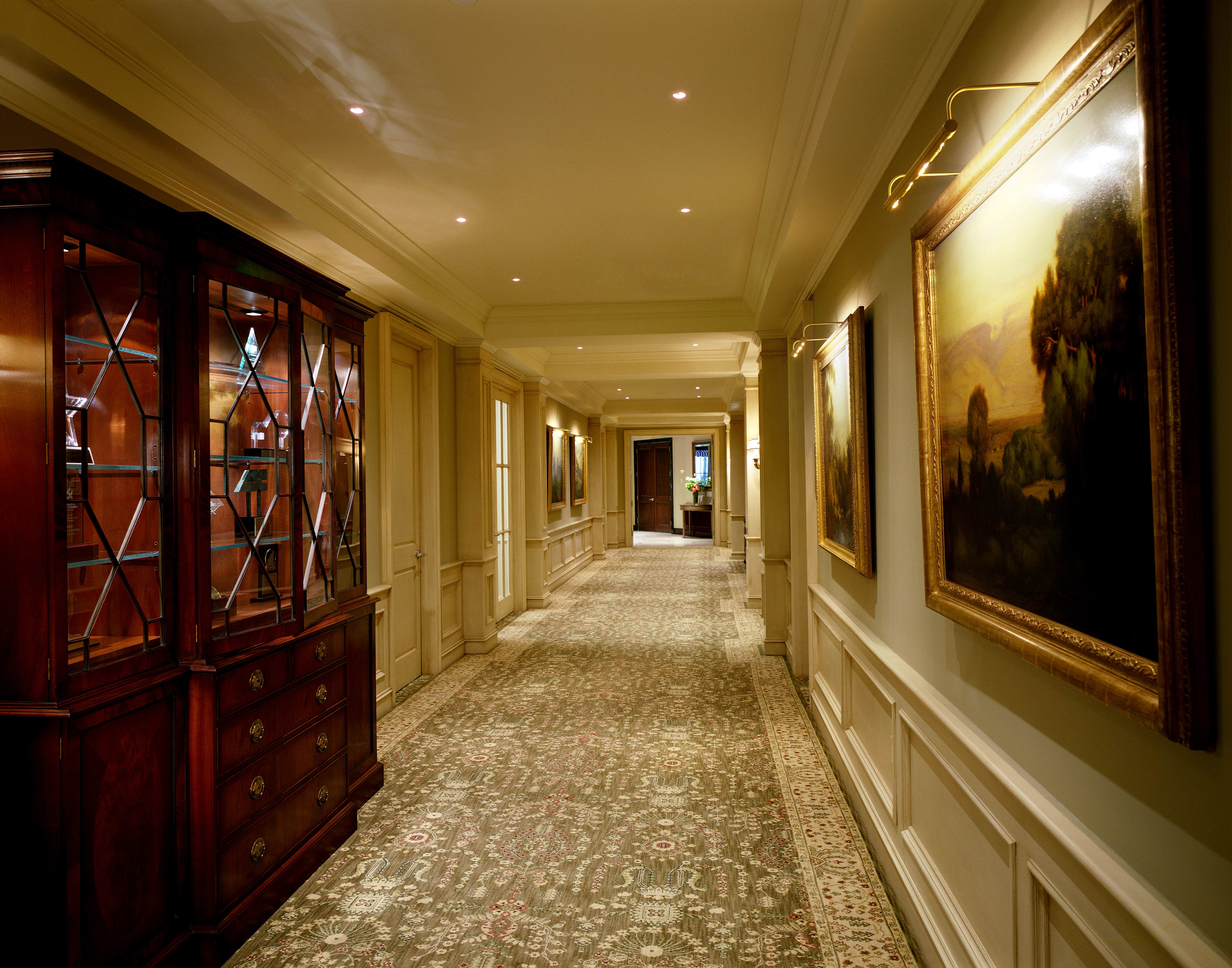Caruso hallway