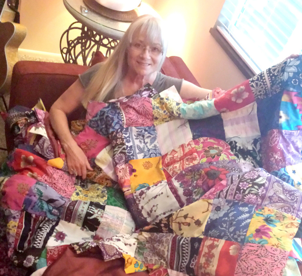 shawna with quilt