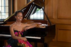Dr Samantha Ege, Musicologist-Pianist