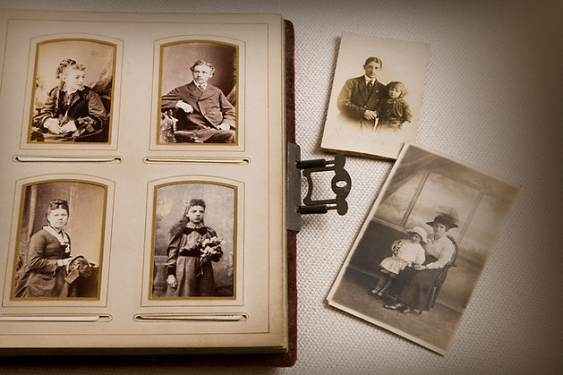 Старая семейная фотография