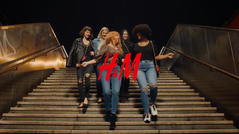 H&M   YOUR SHAPE - YOUR DENIM