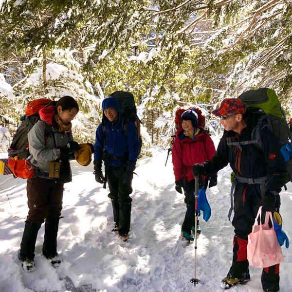 冬期蝶ヶ岳へ、徳沢園への道中 いつも楽しく