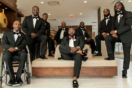 Groom and Groommens