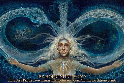 "Martina Hoffmann ""Be-Hold infinity"""