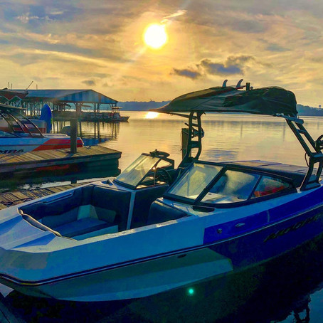 Bloomba | Moomba Surf Boat