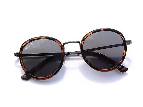 【OVAL】sunglasses