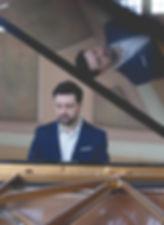 Sergio Pamies piano