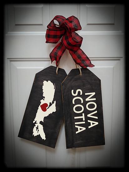 """Wooden project Door Tags """"NOVA SCOTIA / MAP"""""""