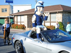 Lake Forest Homecoming Parade