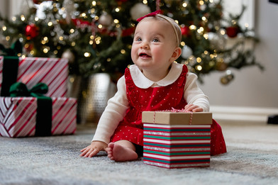baby-first-christmas-in-home-photos (2).