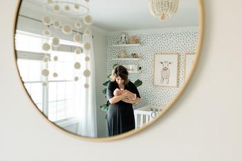 best-newborn-photographer-in-home-photos