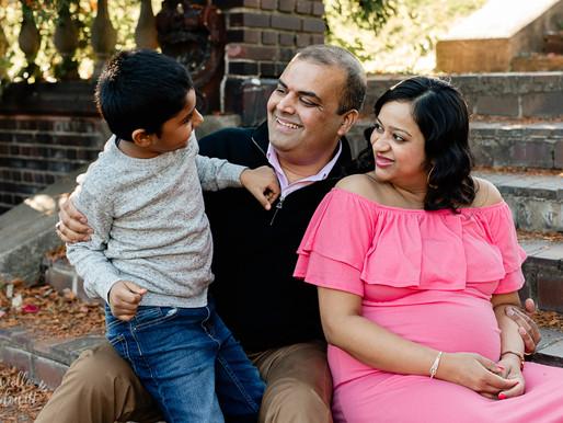 Fall Maternity Photos at Mellon Park | U Family