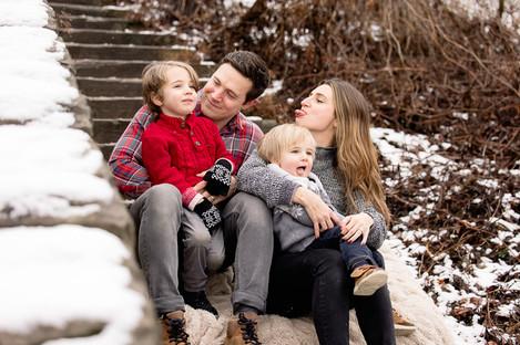 winter-family-photos-washingtons-landing