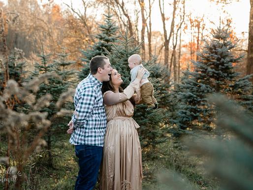 Tree Farm Mini Session | B Family | Family Photos