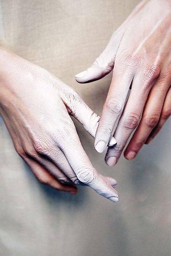 Copia de manos.jpg