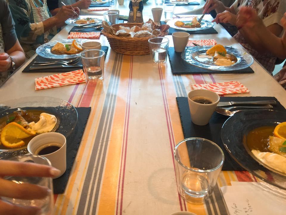 バスクのテーブル