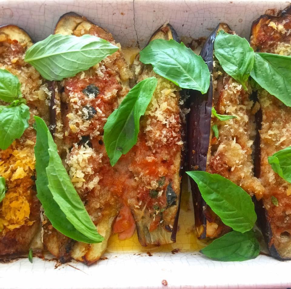 南イタリアの料理 ナスのリピエーニ