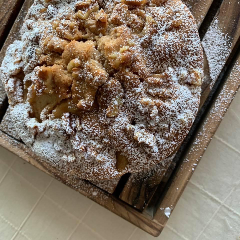 リンゴとくるみのケーキ