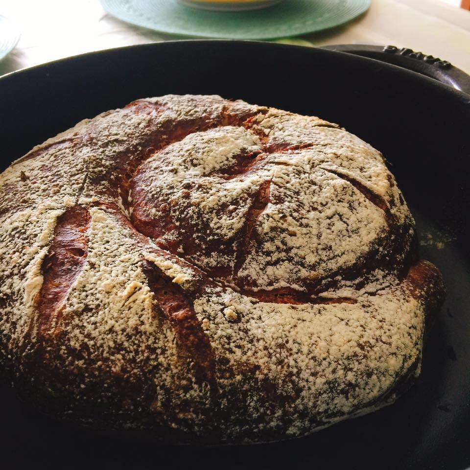 えんどう豆のストウブパン