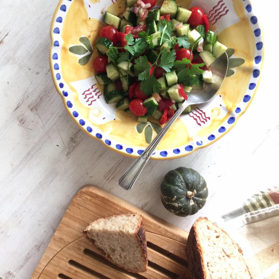 きゅうりとトマトのいちぢくソース