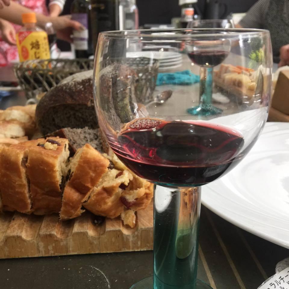 イタリアワインとパン