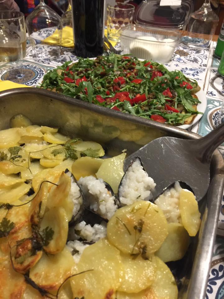 ムール貝とご飯のティエラ