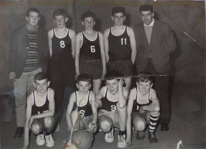 ESL Basket 1972 -2.jpg