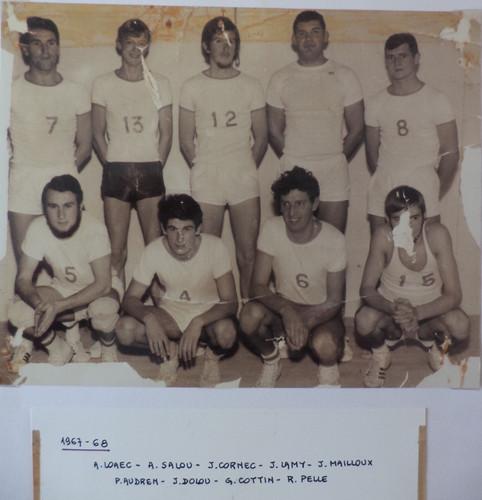 esl basket 1967 68.jpg