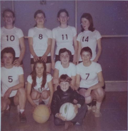 ESL Basket 1971 2.jpg