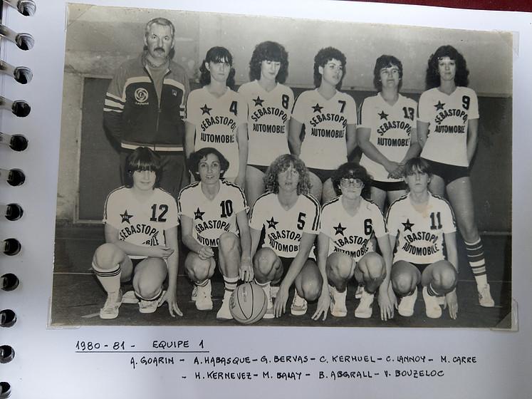 1980 - Equipe Femme.jpg