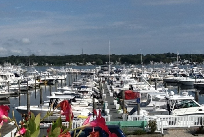 Welcome to Port Niantic Marina