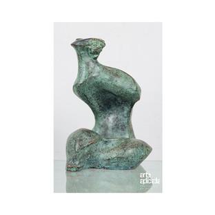 P049 - Figura Feminina