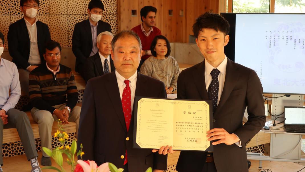 20200325学位記授与式・追いコン (6).JPG