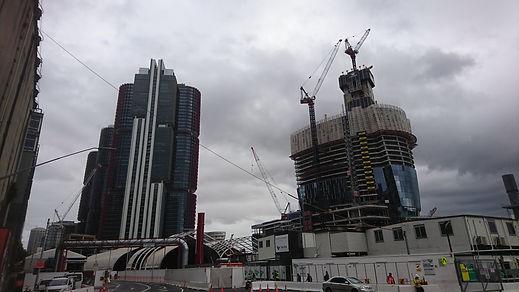 工事中の高層ビル (4).jpg