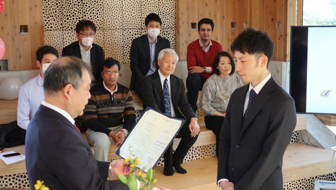 20200325学位記授与式・追いコン (5).JPG